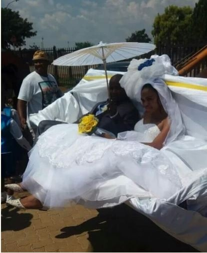 Wow! Couple Arrive Their Wedding Reception in a Tractor (Photos)