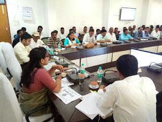 मुख्य कार्यपालन अधिकारी श्रीमती सिंह ने ली छात्रावास अधीक्षकों की बैठक