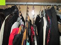 3 Bügel: IPOW- 8 Set platzsparende Kleiderbügelhalter Schrankbügel Kleiderbügel kleiderstange Mehrfachkleiderbügelhalter