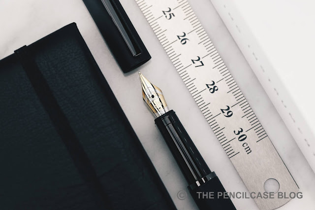 REVIEW: OTTO HUTT DESIGN 03 FOUNTAIN PEN