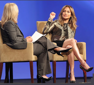 Jennifer Lopez conversa