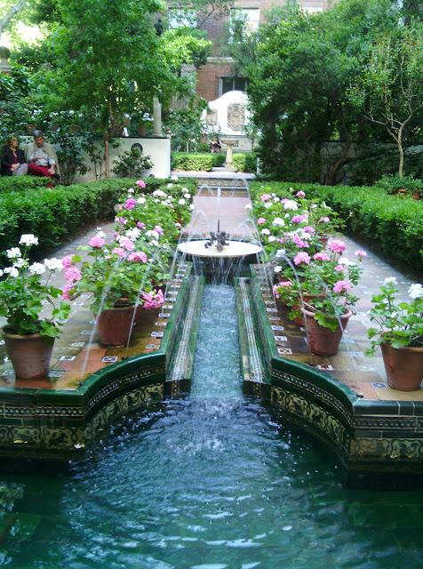 Segundo jardín del Museo Sorolla, inspirado en el Generalife de la Alhambra