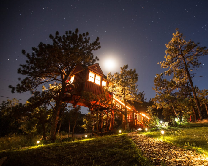 unique airbnbs near rocky mountains