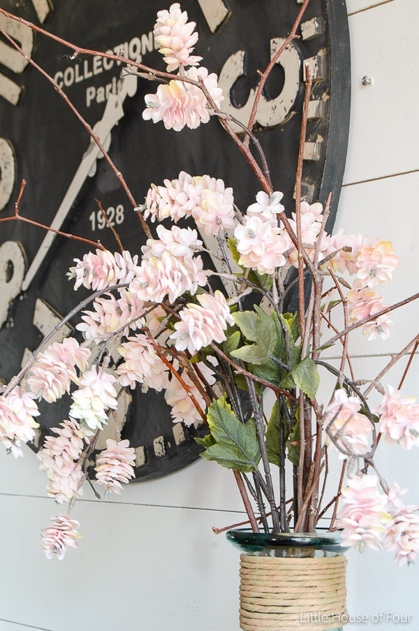 A Touch of Spring in the Entryway