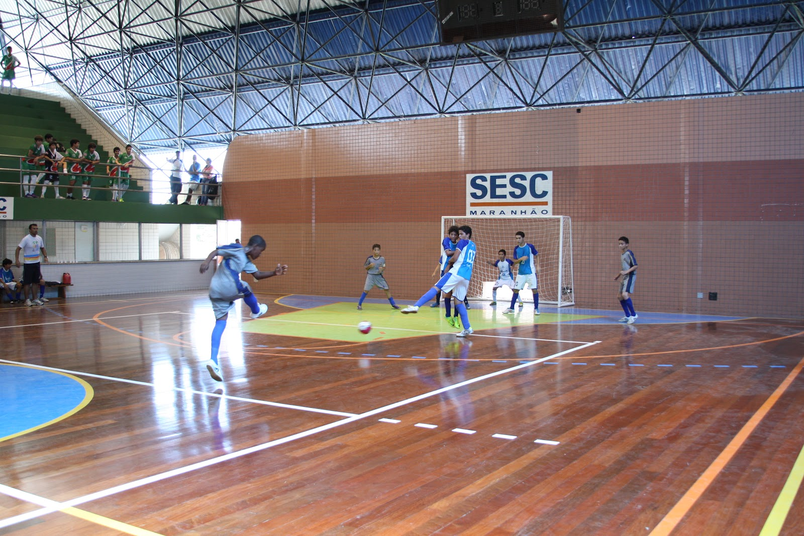 3a94970188ac2 Jogos de futsal agitam Olimpíadas SESC