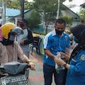 KNPI Anambas Bersama Lanal dan Kelurahan Tarempa Bagikan Takjil di Bulan Ramadhan