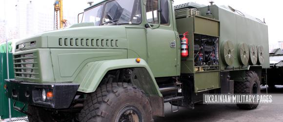 Машина начальника штабу дивізіону на колісному шасі (1В26П-2)