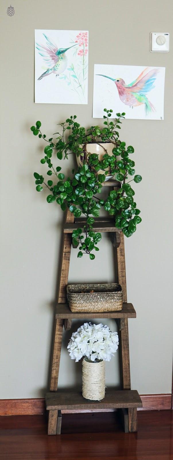 estanteria DIY palets livingroom