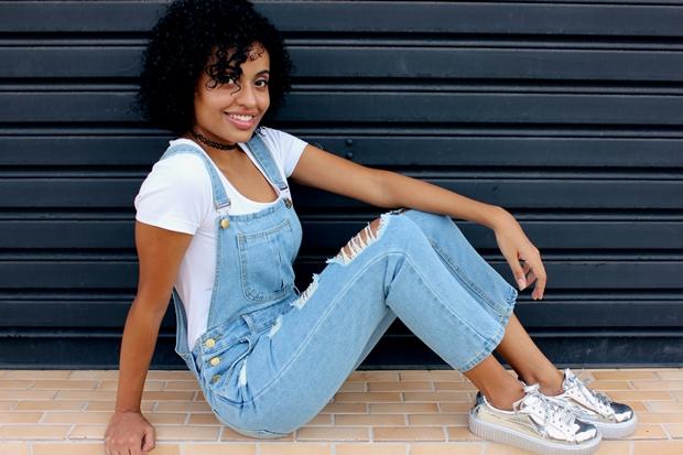 Vesti e gostei jardineira jeans t nis metalizado de for Jardineira jeans infantil c a
