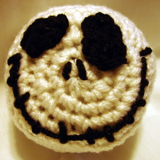 Crochet pattern for a Jack Skellington ball