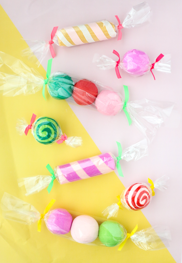 DIY It – Candy Surprise Ball Advent Calendar