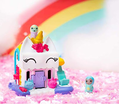 Miniature toys Unicorn house and Nano collectible