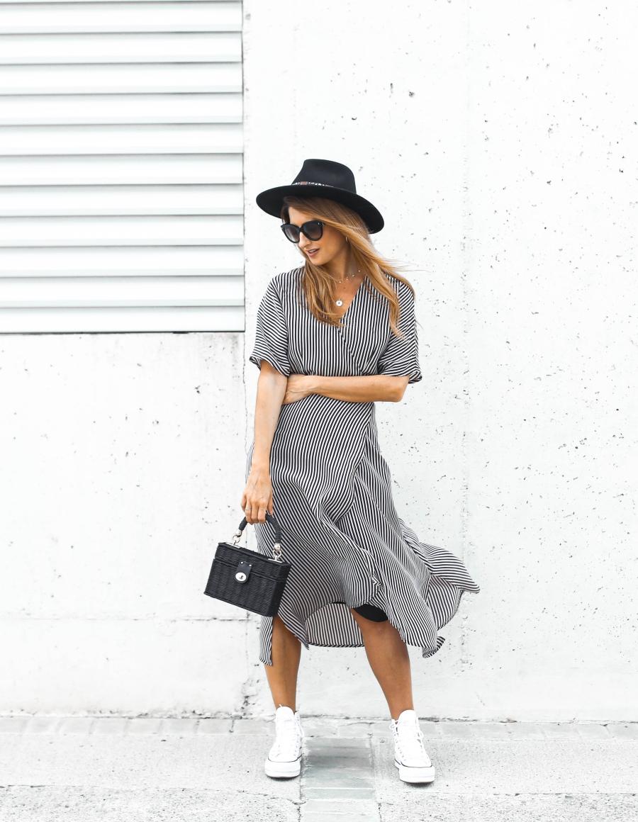 Converse Con Plataforma Y Vestido De Rayas A Trendy Life
