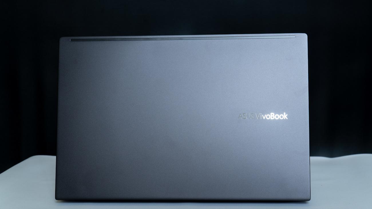 Review ASUS VivoBook S14 S433, Laptop Trendy dan Powerful