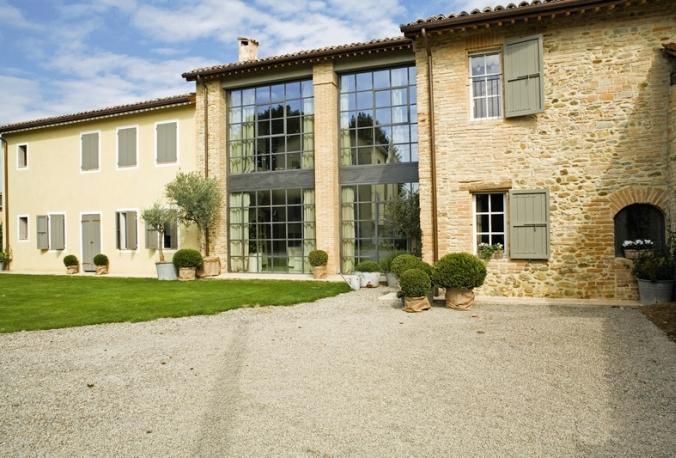 Interior design home decor contemporary art casa di for Case ristrutturate