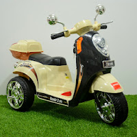 junior tr1401 scoopy battery toy motorcycle