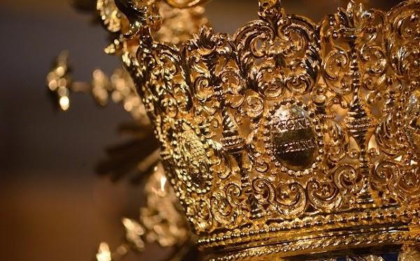 La Virgen de los Ángeles de los Negritos de Sevilla estrena su antigua corona
