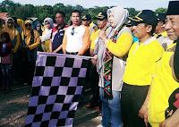 Kemenag Kabupaten Bima Gelar Jalan Santai yang Diikuti Warga Lintas Agama