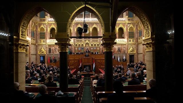A kormányt kérdezik a képviselők