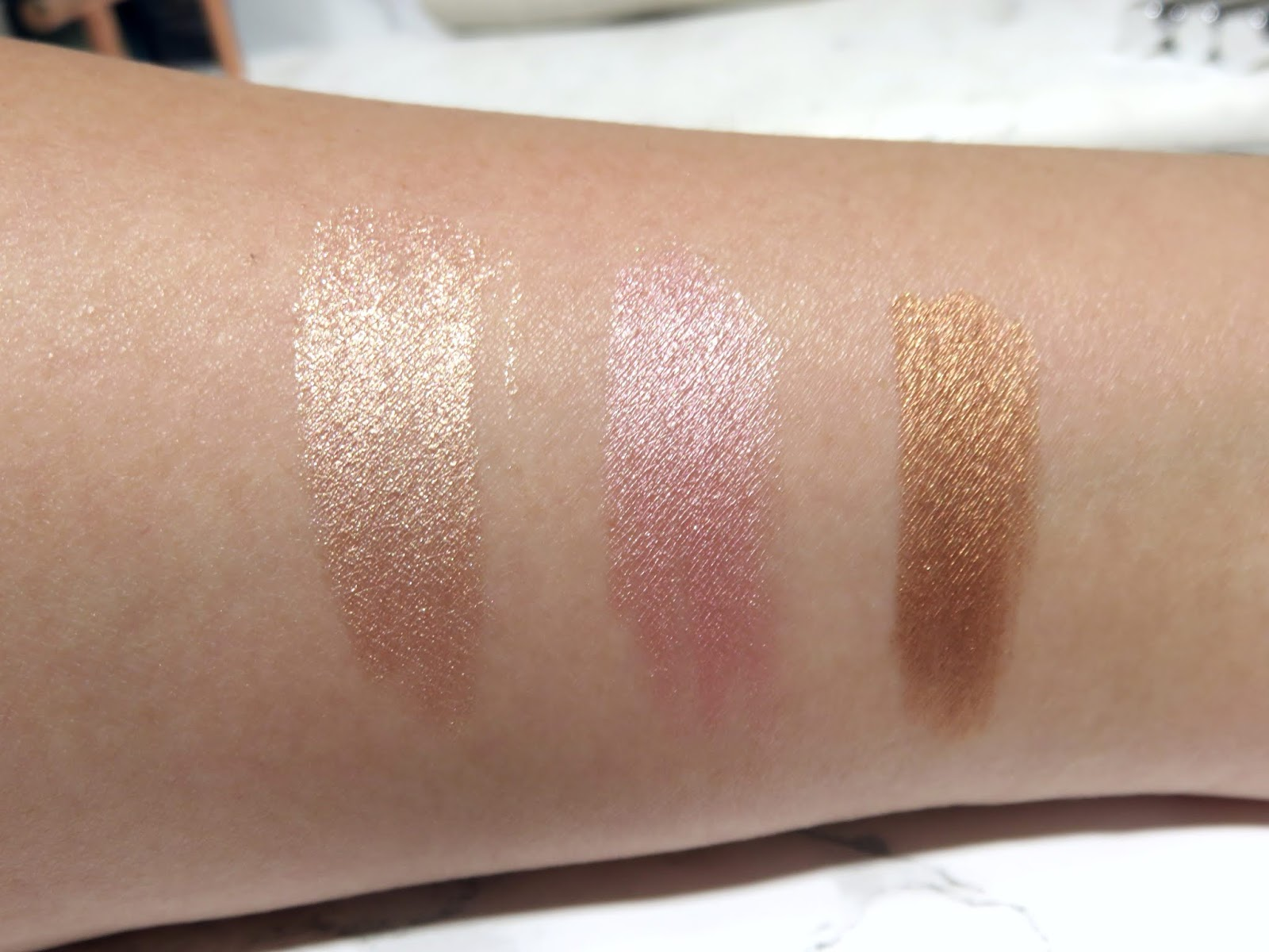 By Terry Ombre Blackstar Cream Eyeshadow Pen Review and Swatches