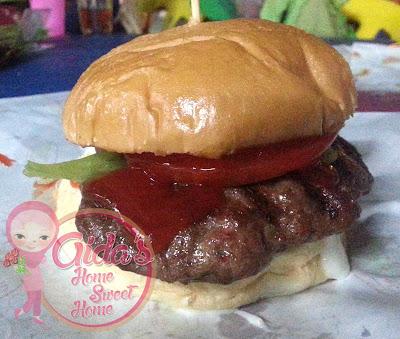 Burger Bakar Abang Burn, Sungai Melaka