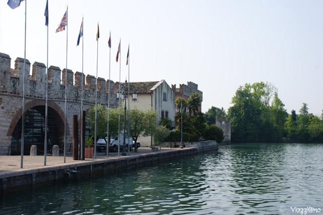 La Dogana Veneta di Lazise è nel suo centro storico