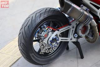 Gambar Modifikasi Yamaha Aerox 155 memakai Monoshock - 8