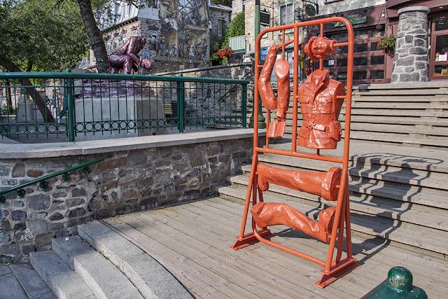 Francis Montillaud_Quiproquo Monumental, Sculpture, Statue, Art public, Passages Insolites, Ex Muro