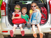 Cara Menjaga Anak Tetap Sehat Saat Bepergian