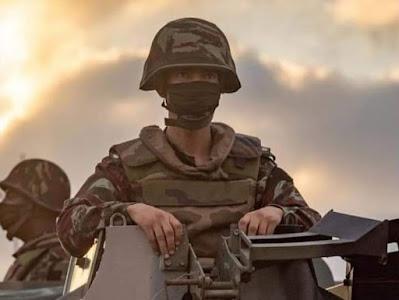 الجيش المغربي يبدأ في ضم المنطقة العازلة شرق الجدار.......