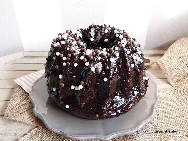 Bundt cake scandaleusement gourmand au chocolat - Dans la cuisine d'Hilary
