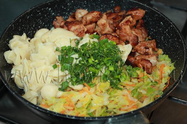 рецепт свинины, тушеной с капустой и макаронами с пошаговыми фото