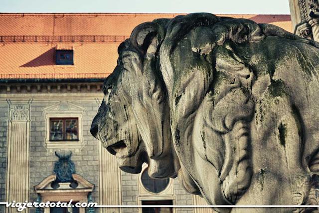 Feldherrnhalle - Odeonsplatz - Münich