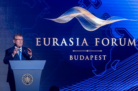 Matolcsy György: meg kell újítani az eurót
