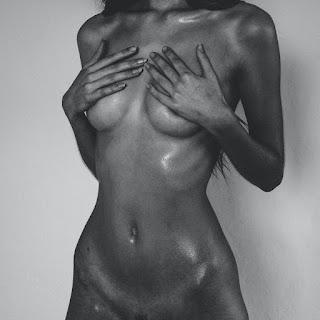 Hot Naked Girl - tumblr_c0d716919b80c8b51dfca6304945ad4d_547c06b7_2048.jpg