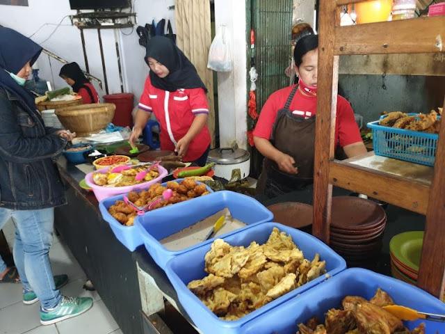 Sambal Bawang mbok jayus, kuliner malang, kuliner pedas, macam-macam kuliner pedas, kuliner pedas malang, santuy times