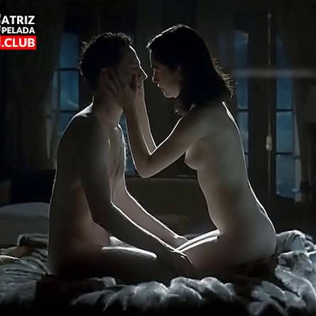 Camila Morgado pelada no filme 'Olga' | ATRIZPELADA.CLUB