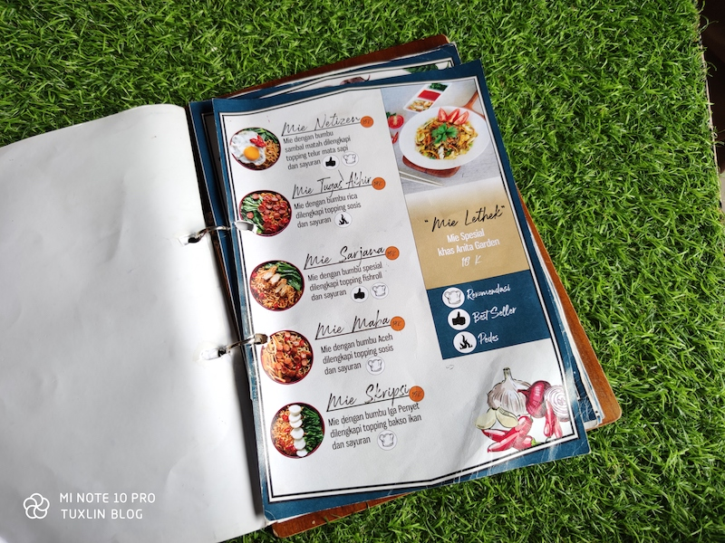 A list of commands or options from which you can choose. Anita Garden Solo Cafe Bernuansa Taman Yang Instagrammable Kisah Foto