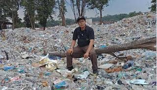 Pembuangan Sampah Liar Mengancam Kelestarian Sungai