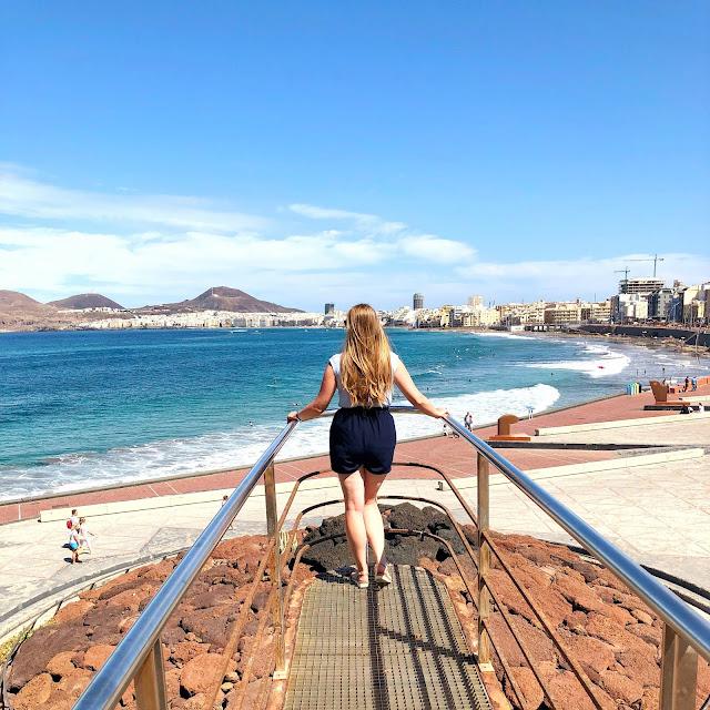 plaża, dziewczyna na plaży, punkt widokowy, gran canaria, stolica wyspy