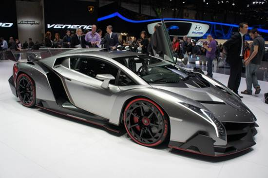 2017 Lamborghini Veneno Roadster Reviews