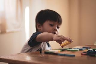 Permainan Dalam Kelas Untuk Mengasah Kemampuan Anak Mengenal Huruf 5 Permainan Dalam Kelas Untuk Mengasah Kemampuan Anak Mengenal Huruf
