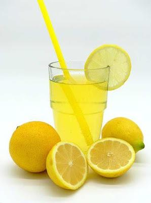 هل يمكن للحامل شرب عصير الليمون ؟