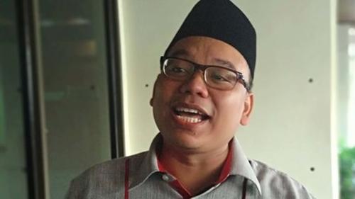 Masuk Masjid Wajib Tunjukkan Kartu Vaksin, Mustofa Nahrawardaya: Sekalian Aja Hukum DKM yang Tak Mau Ikuti
