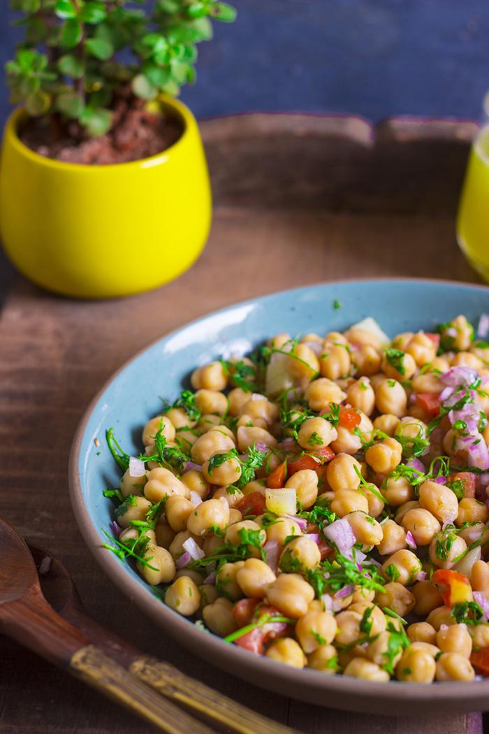 vegan healthy glutenfree chickpea salad