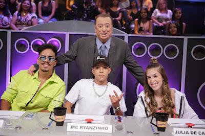 Raul e os jurados do Funkeirinhos (Foto: Rodrigo Belentani/SBT)