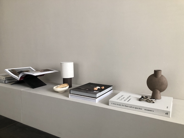 Styling with Coffee table books   New Mags online store