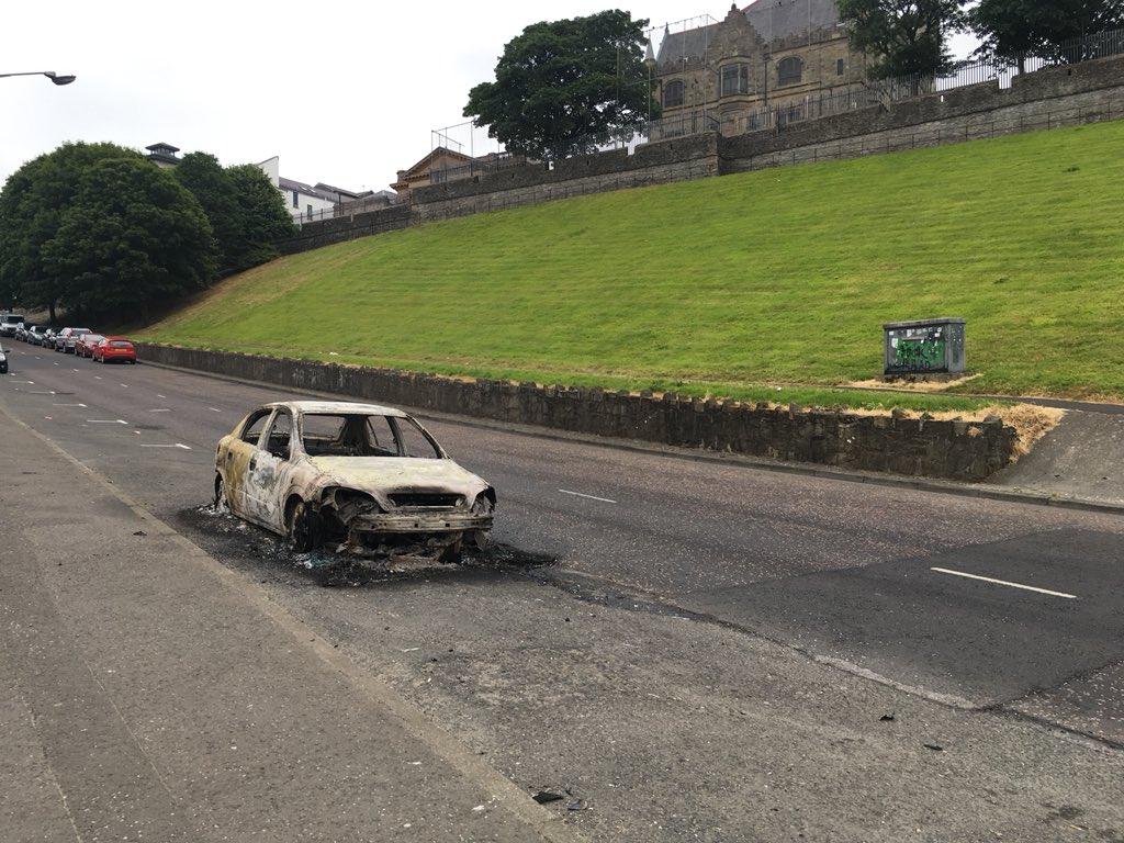 El norte de Irlanda: Nueva jornada de violencia en Derry, una mujer ...