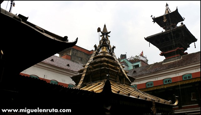 Golden-Temple-Patan-Nepal_6