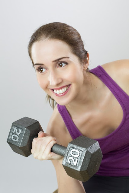 pixabay.com/en/exercise-weight-woman-sport-girl-841167
